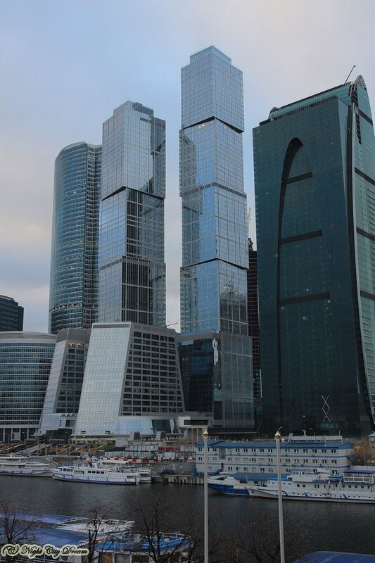 http://img-fotki.yandex.ru/get/4507/night-city-dream.7e/0_3e0bf_7942b366_XL.jpg
