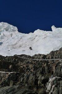 прохождение ледопада выше первого лагеря