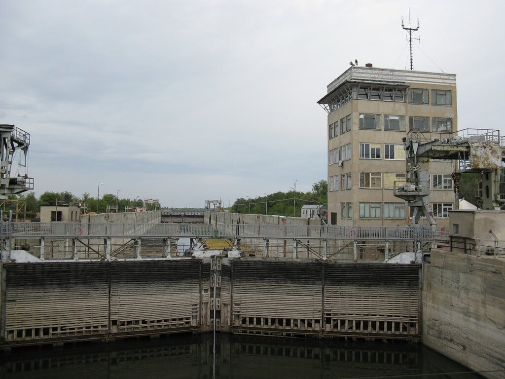 Шлюз Астраханского вододелителя в Нариманове