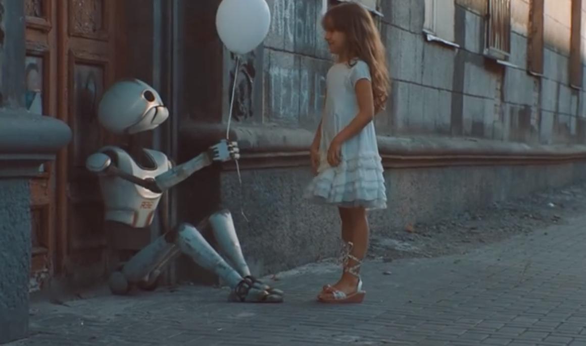 контакт робота и человека