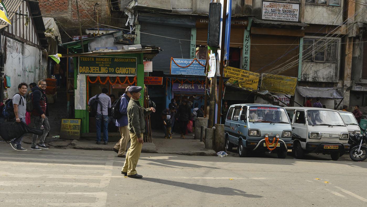 Фото 16. Так выглядят кассы по продаже билетов на маршрутки из Дарджилинга в Гангток. Как добраться в штат Сикким. Отчет о самостоятельном отдыхе в Индии. 1/640, -1.33, 5.6, 250, 36.