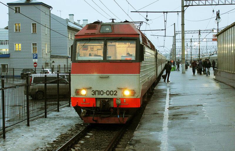 ЭП10-002 на Киевском вокзале