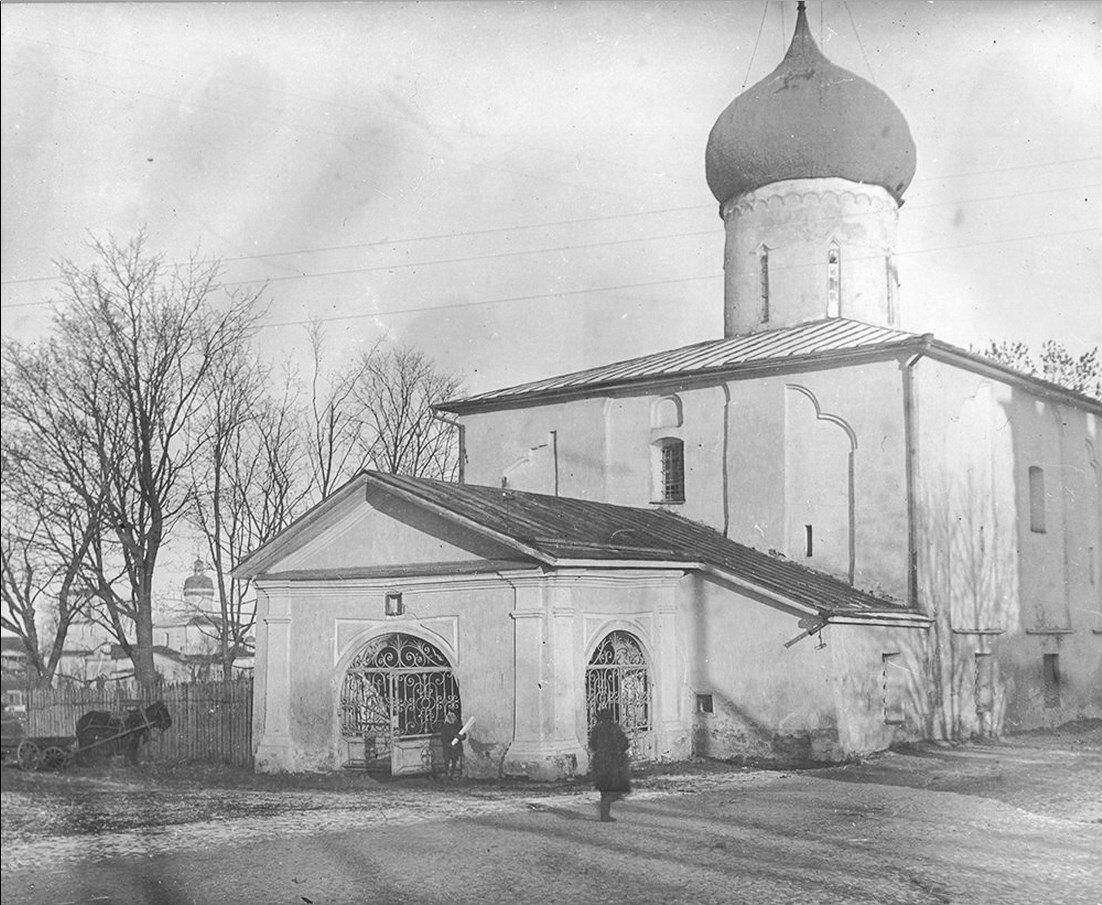 1930-е. Храм Петра и Павла с Буя