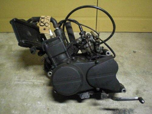 Есть мопедка с двигателем от Хонды Нс50ф (АС08Е, 6-ступка...