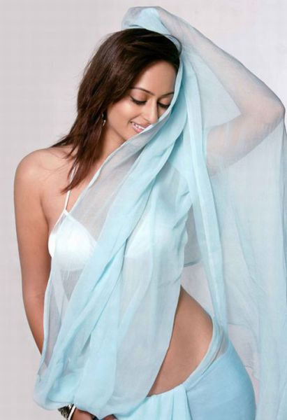 the_sexiest_actresses_640_08