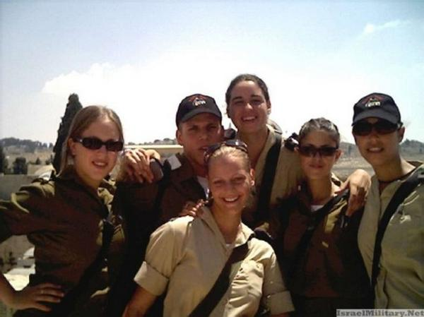 women-in-the-israeli-army21