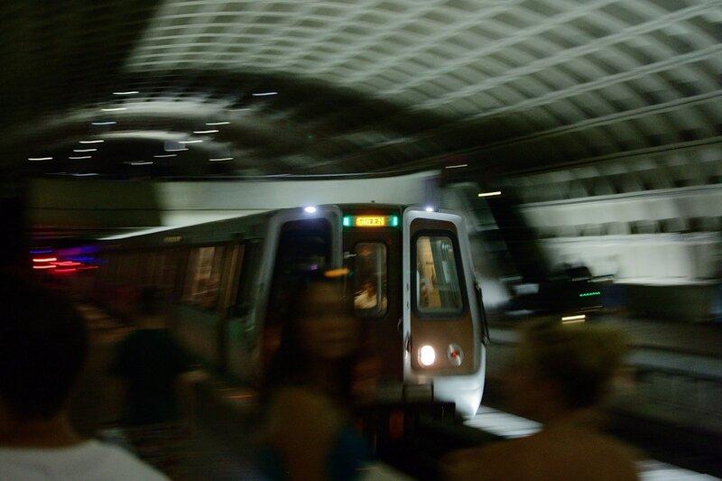 Прибытие поезда зелёной линии