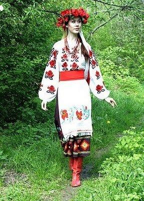 Вышиванка- разговорное название традиционной украинской вышитой рубашки.  Много вариаций дизайна вышивки были созданы...