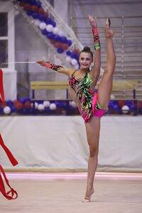 Яна луконина гимнастика фото ню