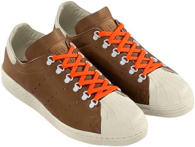 adidas Originals и Burton Snowboards создали совместную лимитированную коллекцию одежды в стиле streetwear