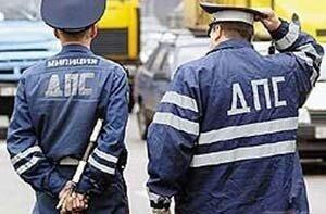 Полицейские Владивостока составили административные протоколы в отношении агрессора на Хаммере