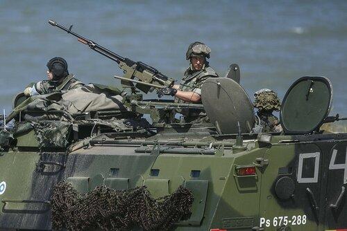 НАТО укрепляет восточный фланг в ответ на агрессию России