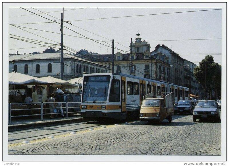 1986c TORINO Piazza Repubblica Porta Palazzo.jpg