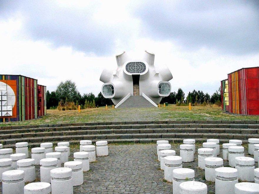 5. Памятник в честь восстания против владычества Османской империи (Македония)