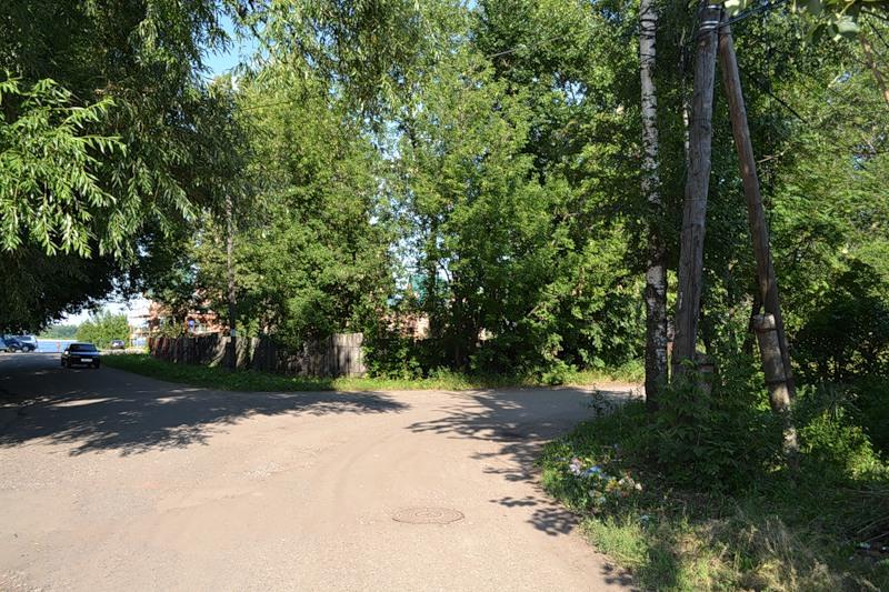 Это уже центральная часть Ярославля, храм Спаса на Городу, 1958: