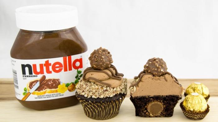 Шоколадные корникомпаниитянутся к 40-м годам прошлого века, когда Мишель Ферреро расширил скр