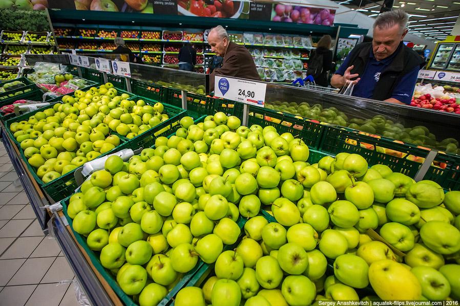 23. Апельсины — 56 р/кг. У нас 95-110 привет санкциям против Турции. Турки, наверное, плачут, н