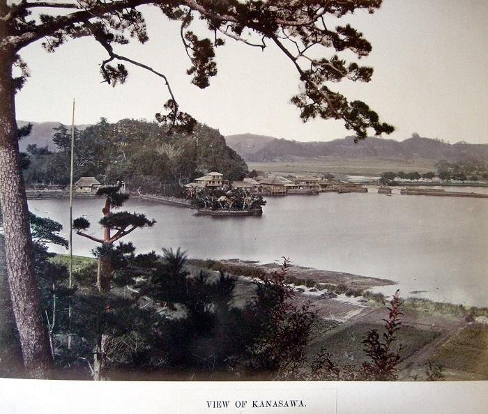 Кобе Один из главных портов Японии.