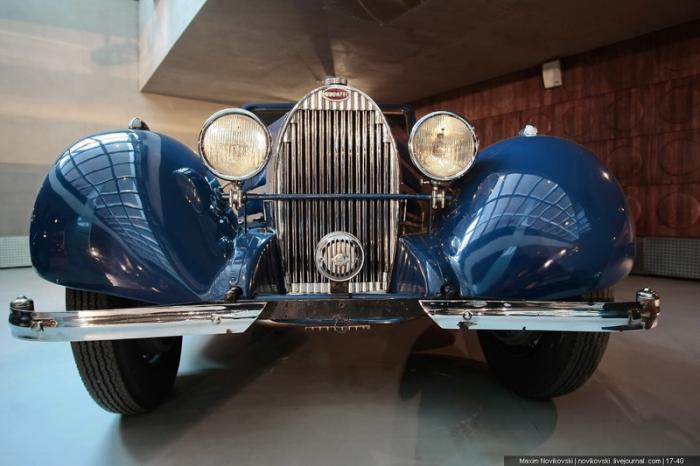 Bugatti Type 57 1935 Stelvio Cabriolet Страна производитель: ФранцияГод выпуска: 1935 годОбъем двига