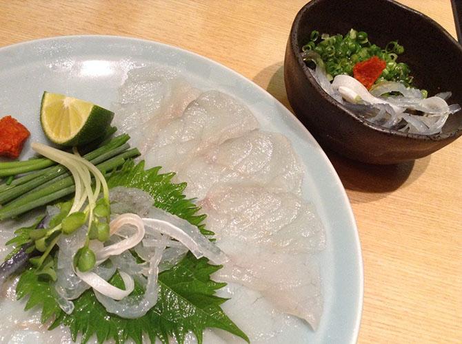 1. Суши Эдомаэ Цены на это блюдо могут быть разными и зависят от ресторана, в котором оно подается.