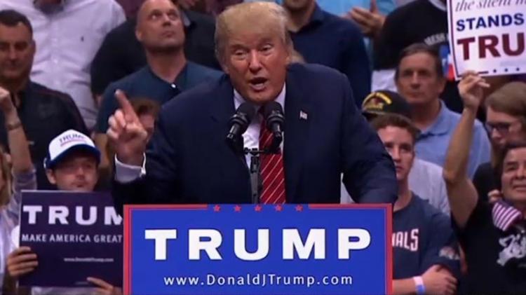Газета USA Today призвала читателей неголосовать заДональда Трампа