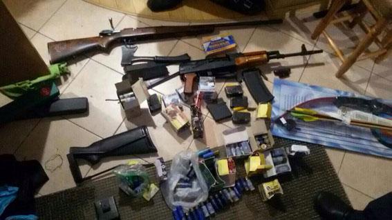 Запорожец стрелял пополицейским изохотничьего ружья