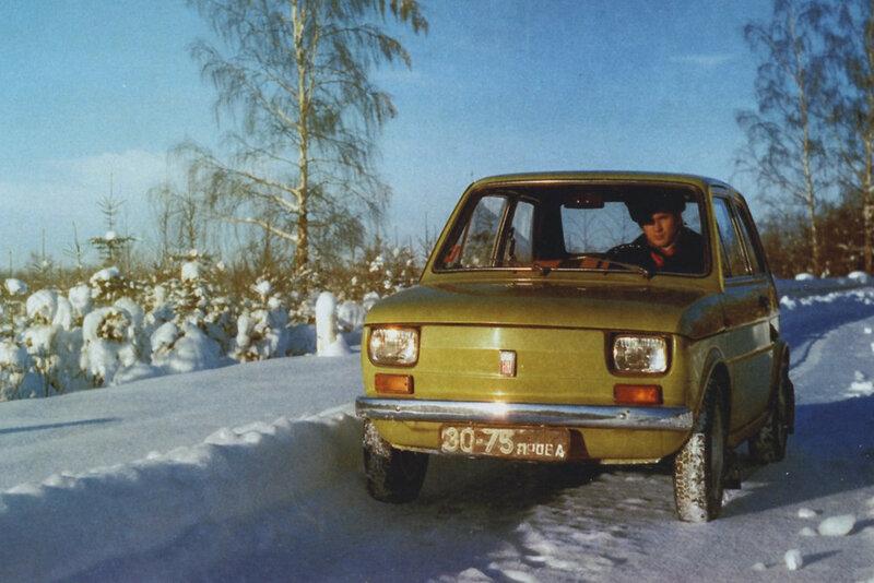 Polski-Fiat-126p-09.jpg