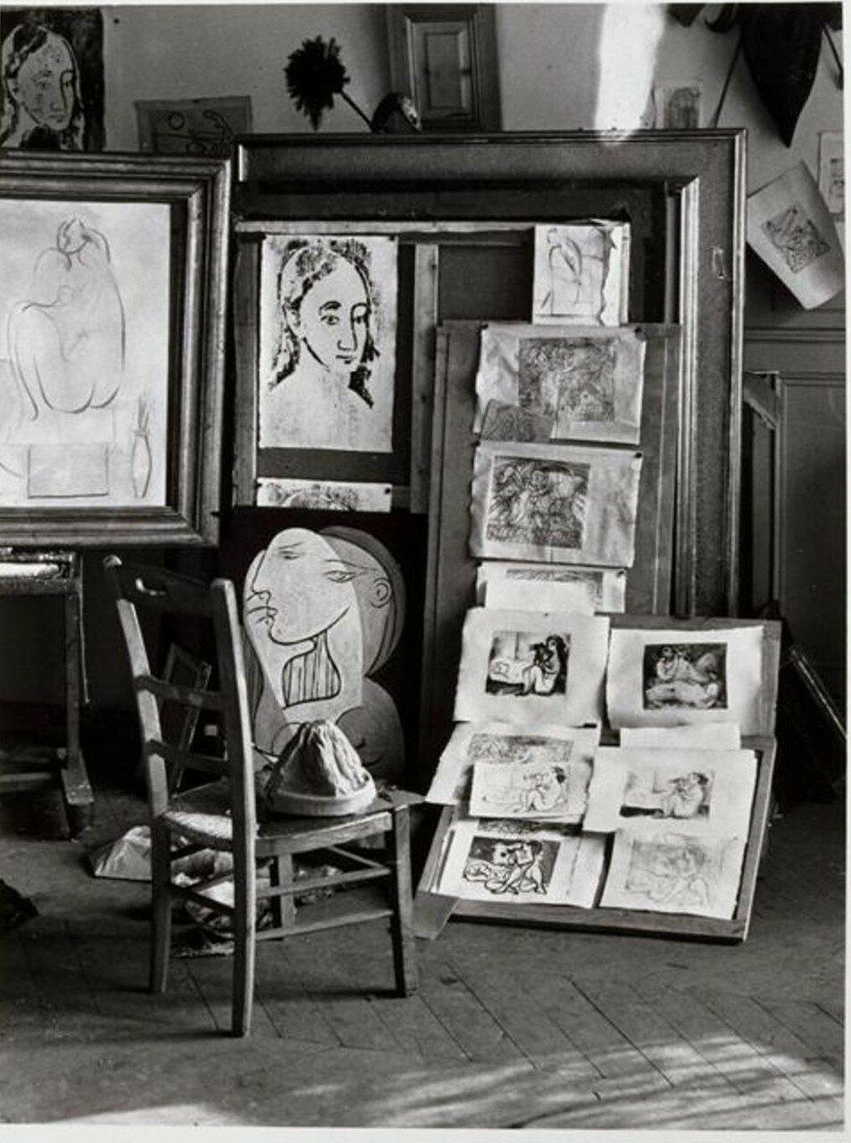 1932. В в студии Пикассо на рю де ла Буати