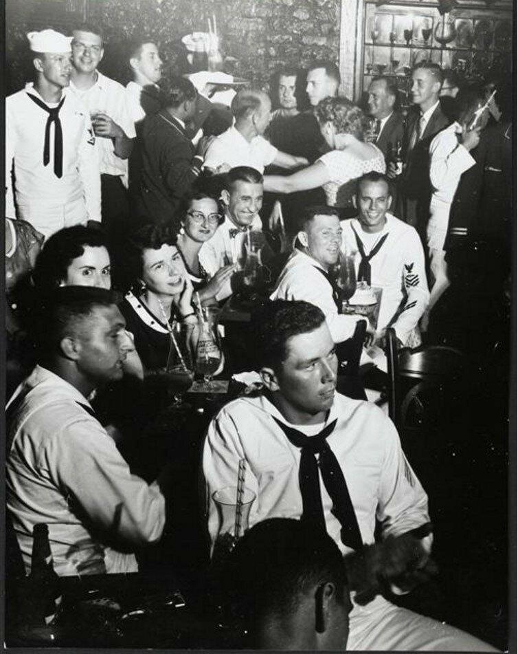 1957. В баре в Новом Орлеане