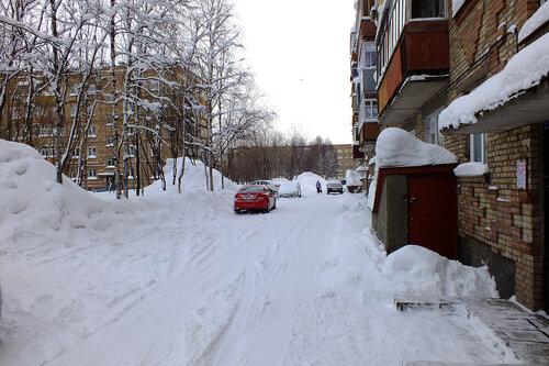 Фото города Инта №7477  Двор Воркутинской 8 (Воркутинская 6, Куратова 40) 18.02.2015_14:36