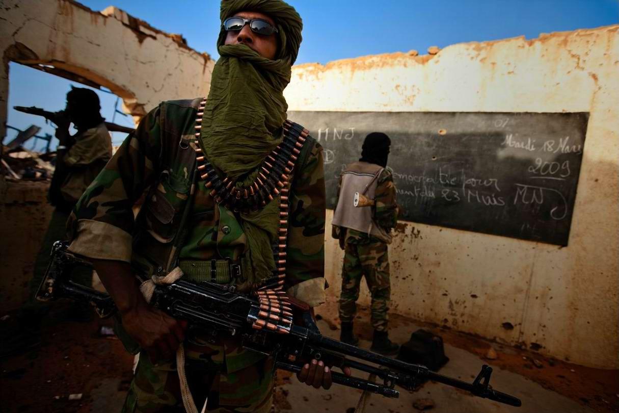 Воинственные североафриканские туареги на снимках фотографа из ЮАР Brent Stirton (13)