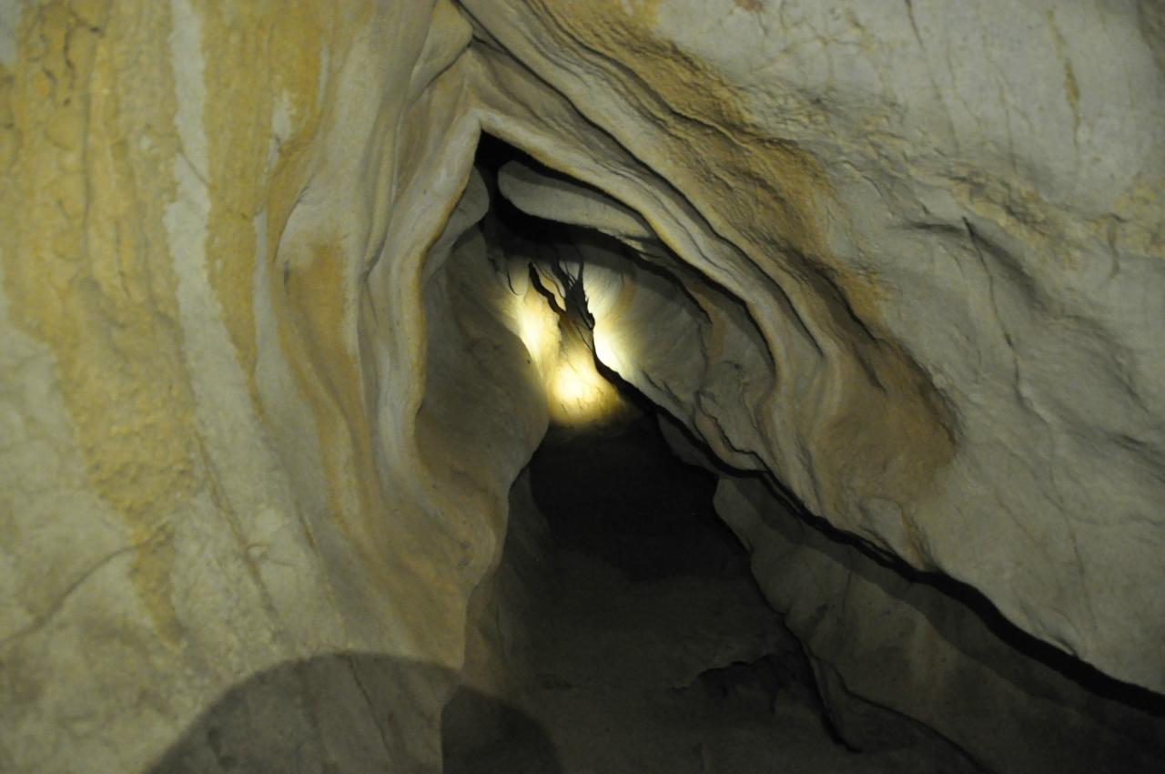Поддельная Water Cave