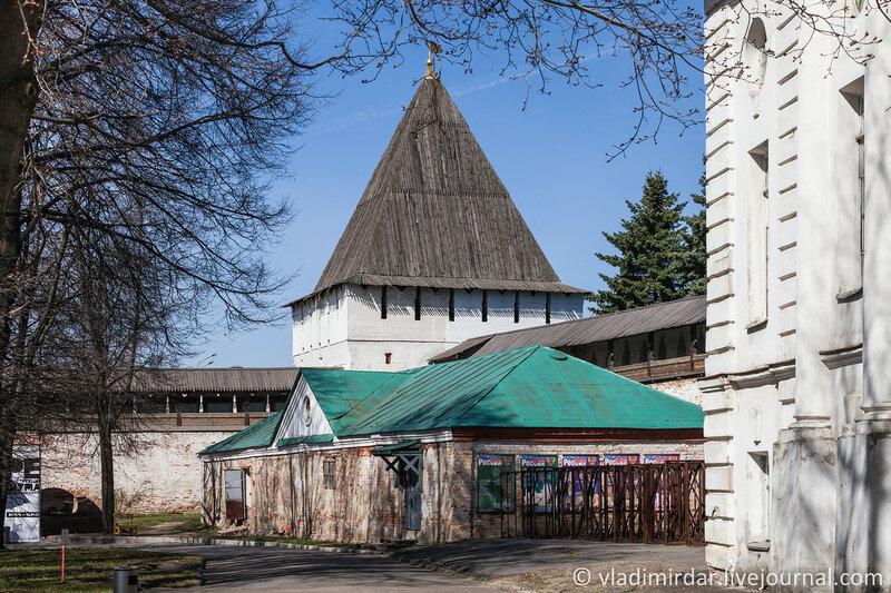 Богородицкая башня. Спасо-Преображенский монастырь. Ярославль.