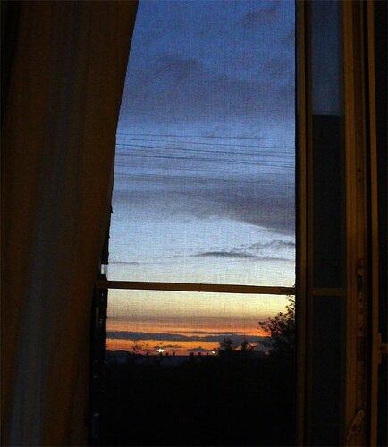 Окно в рассвет