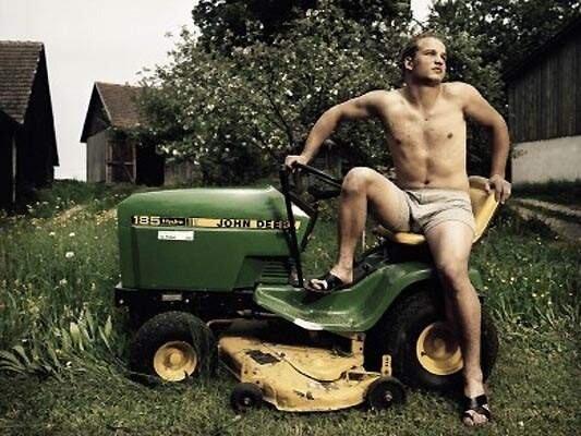 Эротический сельскохозяйственный календарь