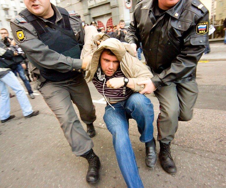 Несанкционированная акция 'День гнева', Тверская площадь, 12 сентября 2010 года.