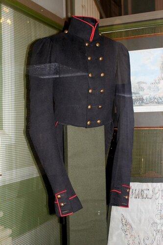 Мундир офицера армейских егерских полков
