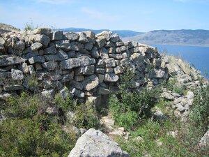Куруканская стена