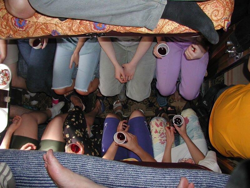 острый шум: загадка много рук а нога одна: http://heaviestandijamo0.blogspot.com/2013/06/blog-post_8393.html