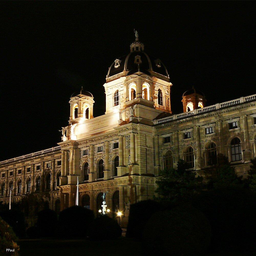 Огни ночной Вены. Исторический Художественный Музей. (HistorischeKunstMuseum)