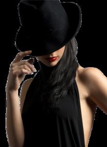 девушка в черной шляпе.png