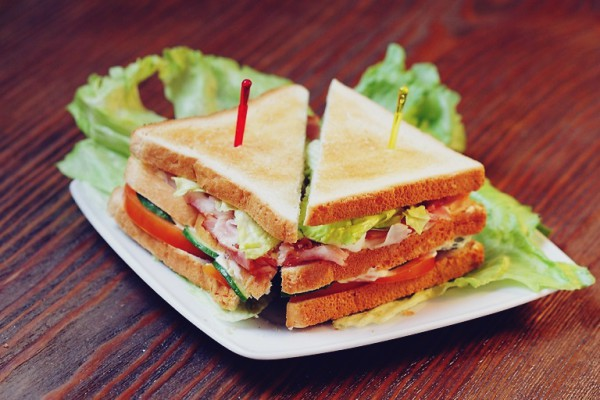 Праздничные сэндвичи по голландски