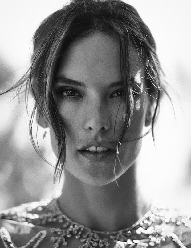 Alessandra-Ambrosio-Alessandra-Ambrosio-v-zhurnale-LOfficiel-Turkey-13-foto