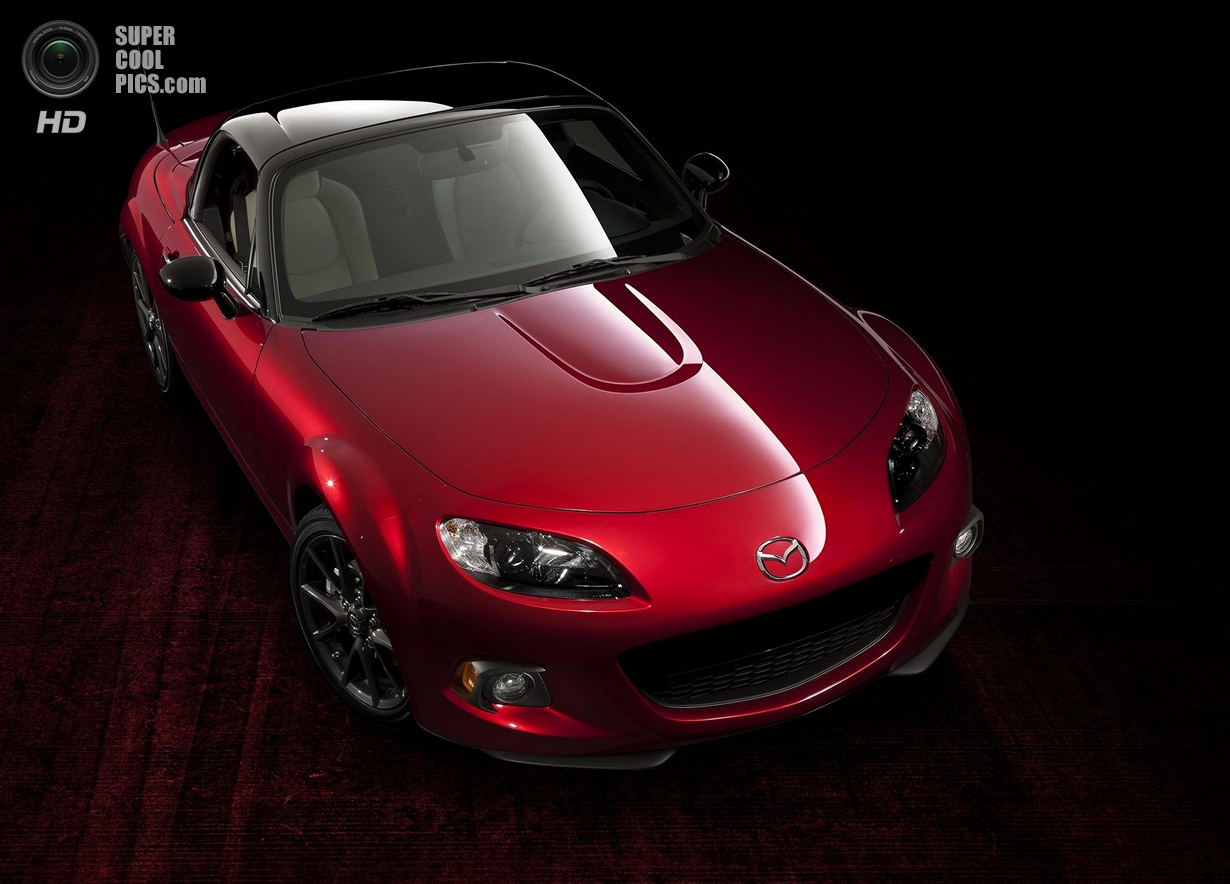Mazda MX-5: Юбилейная версия (15 фото)