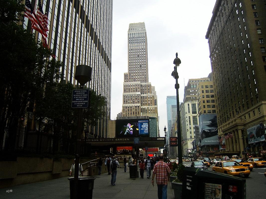 Нельсон-Тауэр на Седьмой авеню, 450 на Манхэттене, 171 м., 46 эт., построен в 1931 г.