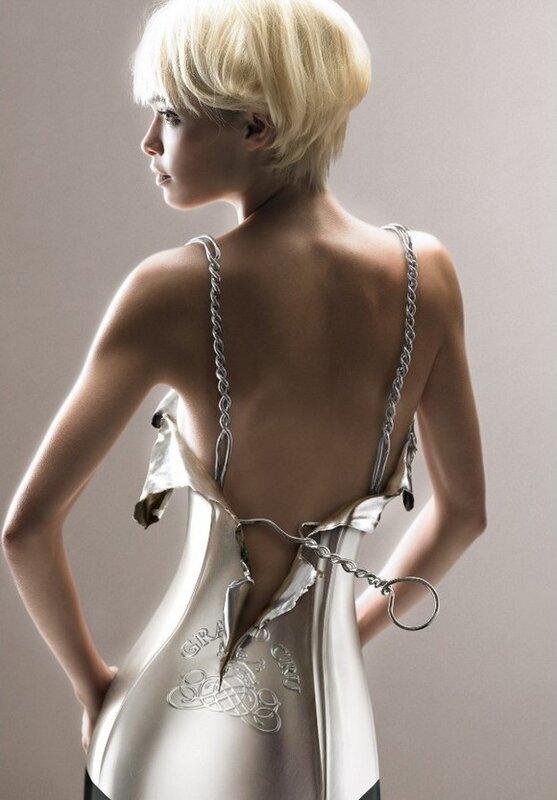 Красивые женщины в работах мастеров фотоманипуляций (24 фото)