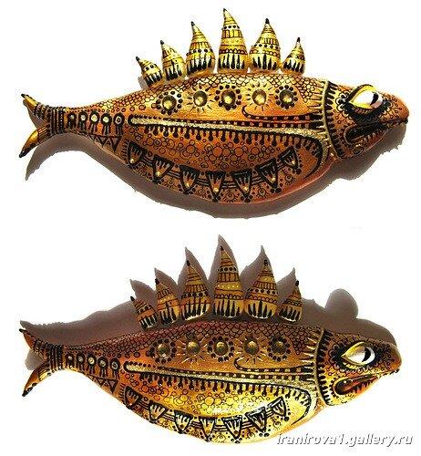 роспись красками рыбы