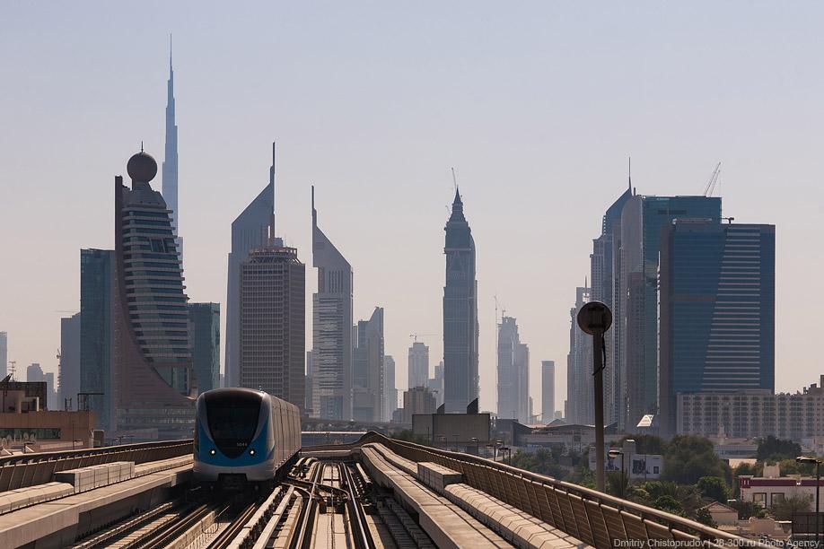 Метро в Дубаи (фото)