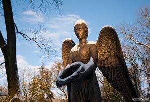 Ангел на кладбище  (ангел, закат, скульптура)