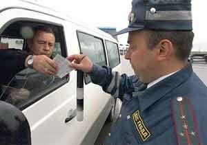 С начала года в Приморье привлечены к ответственности более 2,5 тыс. водителей тонированных автомобилей